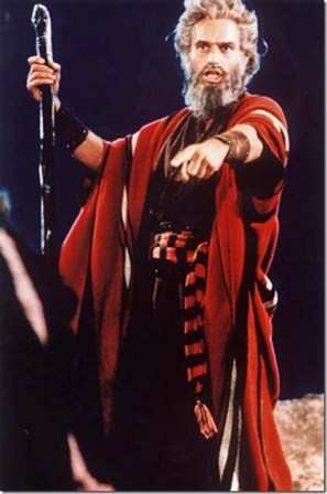 Moses_CharltonHeston